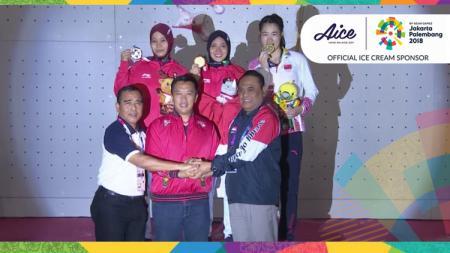 Momen kemenangan Indonesia ungguli China di cabor panjat tebing. - INDOSPORT