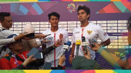 Aqsa Sutan Aswar dan Aero Sutan Aswar meraih medali perak dan perunggu jetski Asian Games 2018. - INDOSPORT