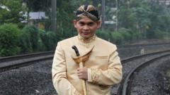 Indosport - Paranormal kawakan Indonesia Mbah Mijan berkata akan suatu hal terkait emas Indonesia pada gelaran SEA Games 2019.