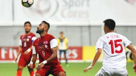 Home United tersingkir di semifinal antarzona AFC Cup usai takluk dari April 25 dengan agregat 1-11. - INDOSPORT