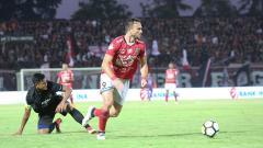 Indosport - Striker Bali United, Ilija Spasojevic.