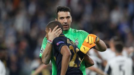 Kylian Mbappe mengaku bahwa dirinya kangen dengan kiper Juventus, Gianluigi Buffon. - INDOSPORT