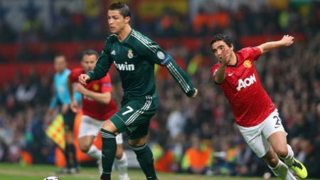 Cristiano Ronaldo saat masih membela Real Madrid bisa dibungkam Phil Jones di ajang Liga Champions 2012-2013 lalu. - INDOSPORT