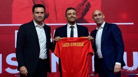 Luis Enrique kembali melatih Timnas Spanyol. - INDOSPORT