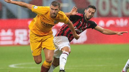 AC Milan akan bertandang ke markas AS Roma di Serie A Italia, Senin (01/03/21). Seperti apa starting XI yang akan terbentuk jika kedua tim ini digabungkan? - INDOSPORT