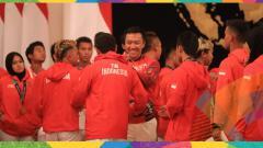 Indosport - Pemberian bonus atlet berprestasi peraih medali Asian Games 2018 di Istana Negara Jakarta.