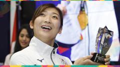 Indosport - Rikako Ikee saat menjadi pemain terbaik atau MVP Asian Games 2018.