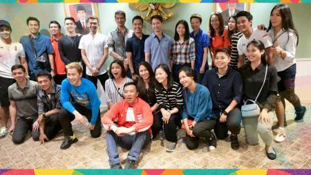 Belum Move On dari Asian Games 2018, Menpora ajak kumpul atlet peraih medali dan bermain bulutangkis bareng artis. - INDOSPORT
