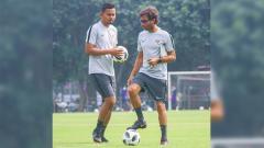 Indosport - Bayu Eka Sari Teguh (Bang Bes) dan Luis Milla.