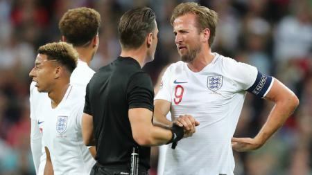 Harry Kane semprot wasit laga Inggris vs Spanyol - INDOSPORT