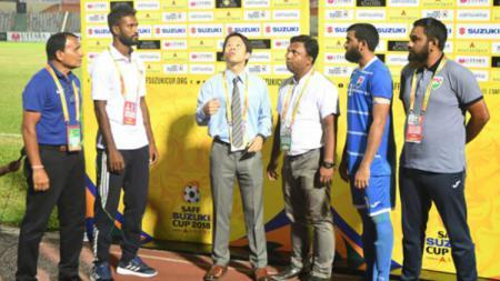 Adu koin Tos di Piala SAFF 2018. - INDOSPORT