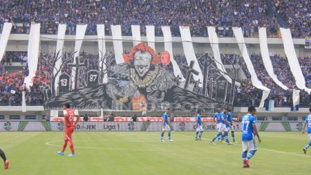 Persib Bandung vs Arema FC - INDOSPORT