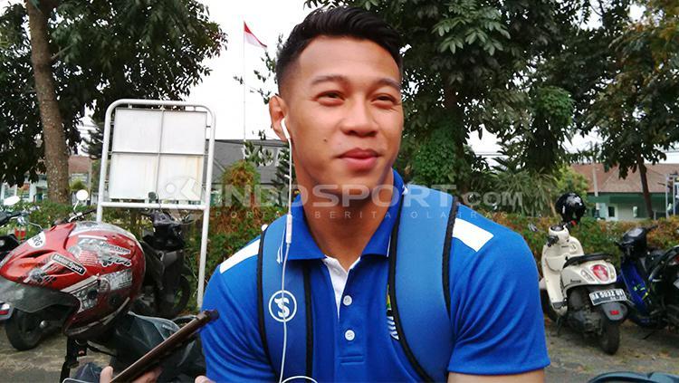 M. Al Amin Syukur Fissabilah seusai berlatih dengan tim Persib Bandung, Jumat (14/09/2018). Copyright: Arif Rahman/INDOSPORT