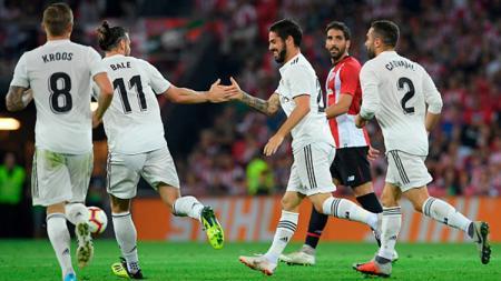 Isco berselebrasi usai mencetak gol ke gawang Athletic Bilbao. - INDOSPORT