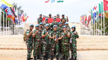 Satgas Indobatt Juara Umum Menembak Tingkat UNIFIL di Lebanon - INDOSPORT