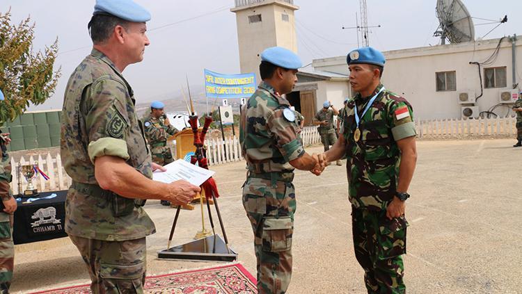 Satgas Indobatt Juara Umum Menembak Tingkat UNIFIL di Lebanon Copyright: Puspen TNI