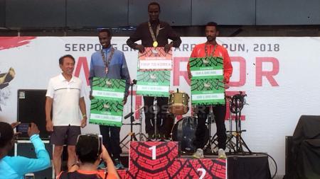 Banyak pelari asal Kenya yang menjadi juara di Serpong Green Warrior Run 2018. - INDOSPORT