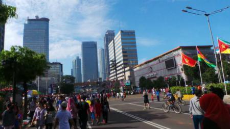 Kegiatan Car Free Day (CFD) di Jalan MH Thamrin, Jakarta, Minggu (30/10/16). - INDOSPORT