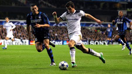 Gareth Bale pernah begitu bersinar ketika membela klub Liga Inggris, Tottenham Hotspur. - INDOSPORT