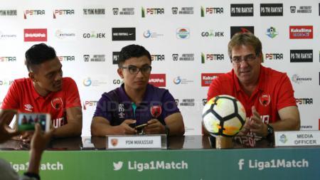 Konferensi jelang laga PS TIRA vs PSM Makassar di Jogjakarta, Selasa (18/09/18). - INDOSPORT