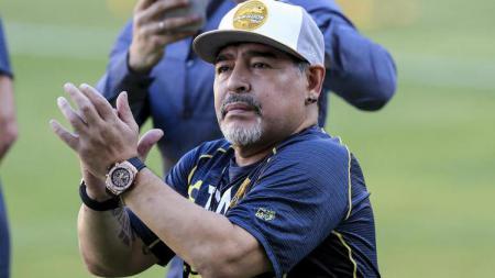 Pelatih Dorados, Diego Maradona, tengah bermasalah dengan Federasi Sepak Bola Meksiko lantaran ucapannya untuk Presiden Nicolas Maduro. - INDOSPORT