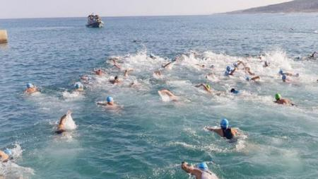 Kompetisi Triathlon yang diikuti TNI yang digelar di Libanon. - INDOSPORT