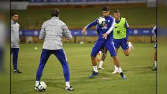 Indosport - Penggawa Chelsea saat sedang jalani latihan.