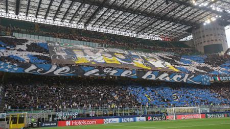 Suporter setia Inter Milan mengungguli jauh fans para rival dalam hal pembelian tiket musiman 2019/20. - INDOSPORT