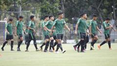 Indosport - Situasi latihan pemain Timnas Indonesia U-19.