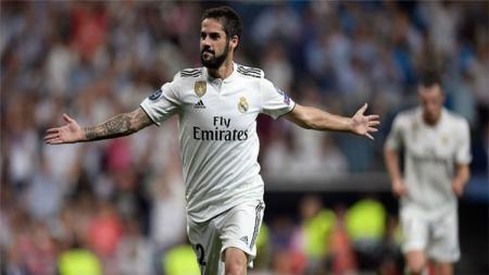 Manchester City kabarnya tengah mengincar gelandang Real Madrid, Isco, untuk menggantikan David Silva. - INDOSPORT