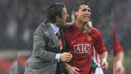 Cristiano Ronaldo menangis di final Liga Champions 2008 saat Manchester United vs Chelsea. - INDOSPORT