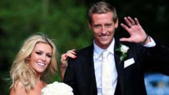 Indosport - Peter Crouch dan Abbey Clancy.