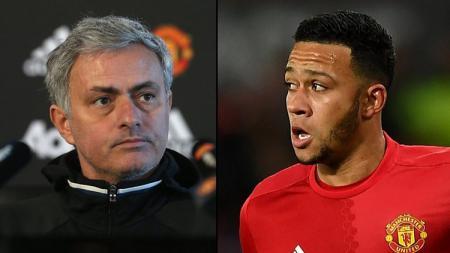 JOse Mourinho dituntut agar bisa membawa Depay kembali pulang ke Man United. - INDOSPORT