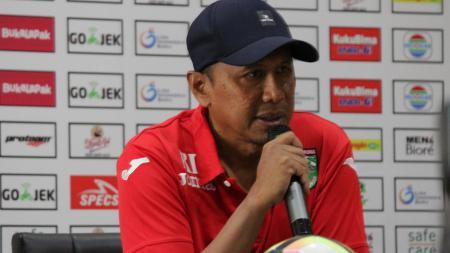 Rahmad Darmawan, pelatih Mitra Kukar. - INDOSPORT