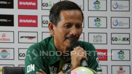 Djajang Nurdjaman, pelatih Persebaya Surabaya. - INDOSPORT
