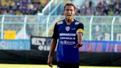Indosport - Hendro Siswanto memperpanjang daftar pemain absen Arema FC akibat menderita penyakit tifus.