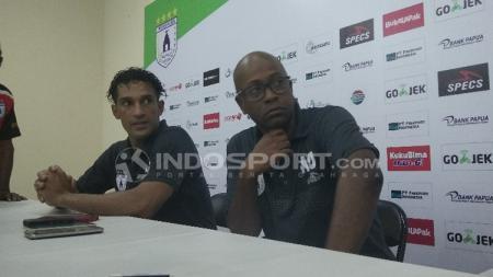 Addison Alves di konferensi pers usai laga melawan Arema FC. - INDOSPORT