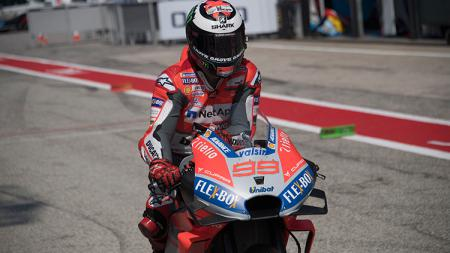 Jorge Lorenzo dalam sesi kualifikasi MotoGP Aragon. - INDOSPORT