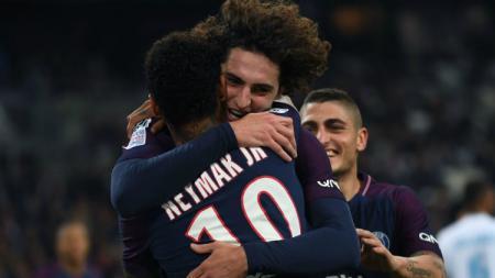 Adrien Rabiot dan Neymar melakukan selebrasi di PSG - INDOSPORT