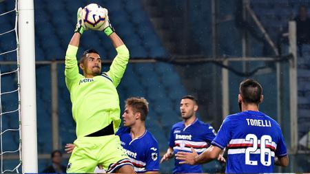 Emil Audero Mulyadi mengamankan gawang Sampdoria. - INDOSPORT