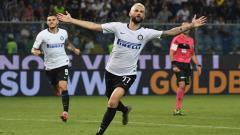 Indosport - Sempat mengincar Milan Skriniar, Tottenham Hotspur kini membidik pemain Inter Milan lainnya, Marcelo Brozovic, untuk didatangkan di bursa transfer musim dingin.