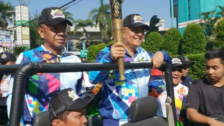 Pawai Obor Asian Para Games 2018 Telah Sampai di Medan. - INDOSPORT