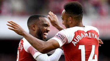 Aubameyang dan Lacazette menjadi dua pencetak gol Arsenal saat melawan Everton.