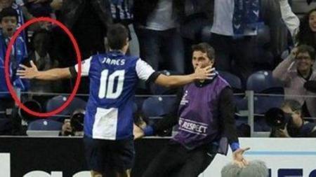 James Rodriguez saat merayakan golnya bersama Porto. - INDOSPORT