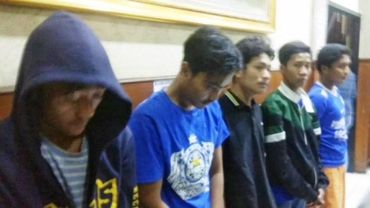 Para terduga pelaku pengeroyokan Jakmania Haringga Sirilia  hingga tewas. Copyright: Istimewa