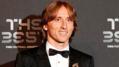 Indosport - Luka Modric masuk ke daftar pemain impian AC Milan.