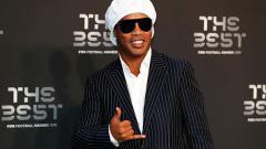 Indosport - Ronaldinho hadir di acara FIFA The Best 2018.