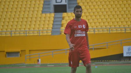 Gelandang asing Sriwijaya FC, Manuchekhr Dzhalilov. - INDOSPORT