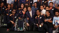 Indosport - Shah Rukh Khan bersama kontingen Asian Para Games 2018 India.