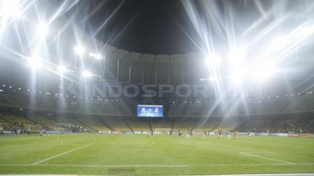 Timnas Indonesia memiliki tiga kenangan tak terlupakan di Stadion Bukit Jalil, lokasi yang kembali dipakai menghadapi Malaysia di Kualifikasi Piala Dunia 2022. - INDOSPORT